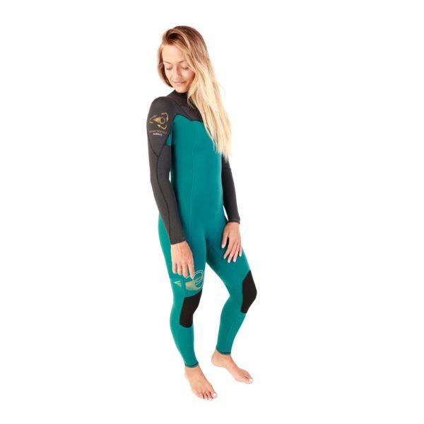 Combinaison de surf recyclé et performante pour femme à vendre chez Squid Surfboards